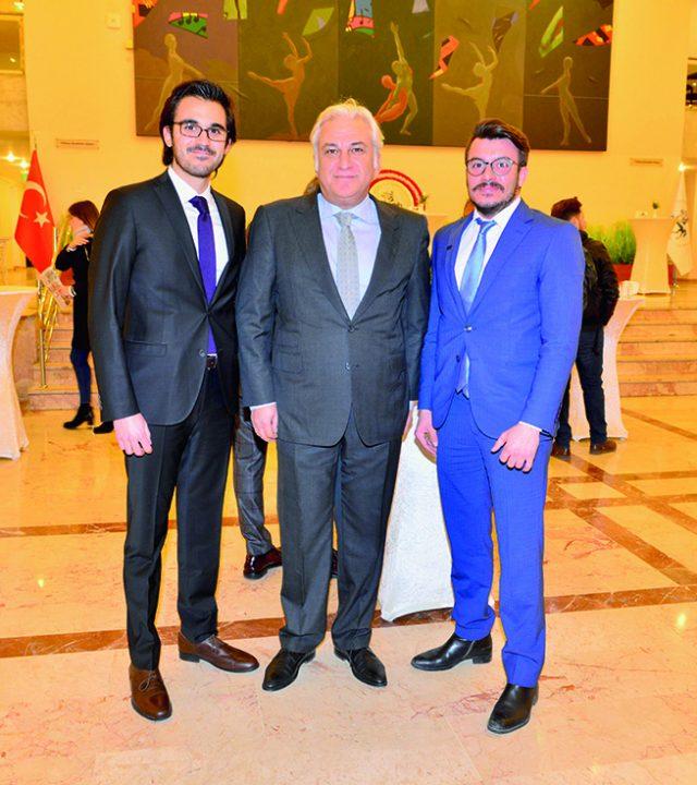 01-05 Mehmet Çelik, Abdullah Z. Çelik, Mert Arda Başıküçük