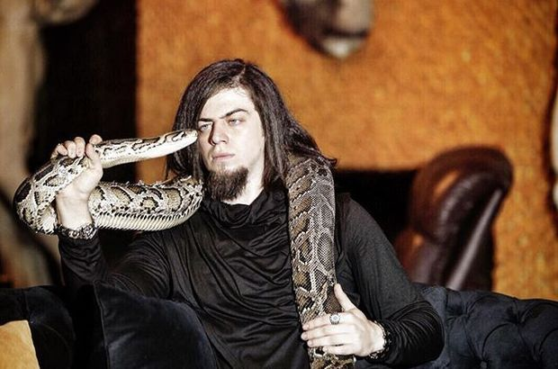 aref-yılan-divamagazin2