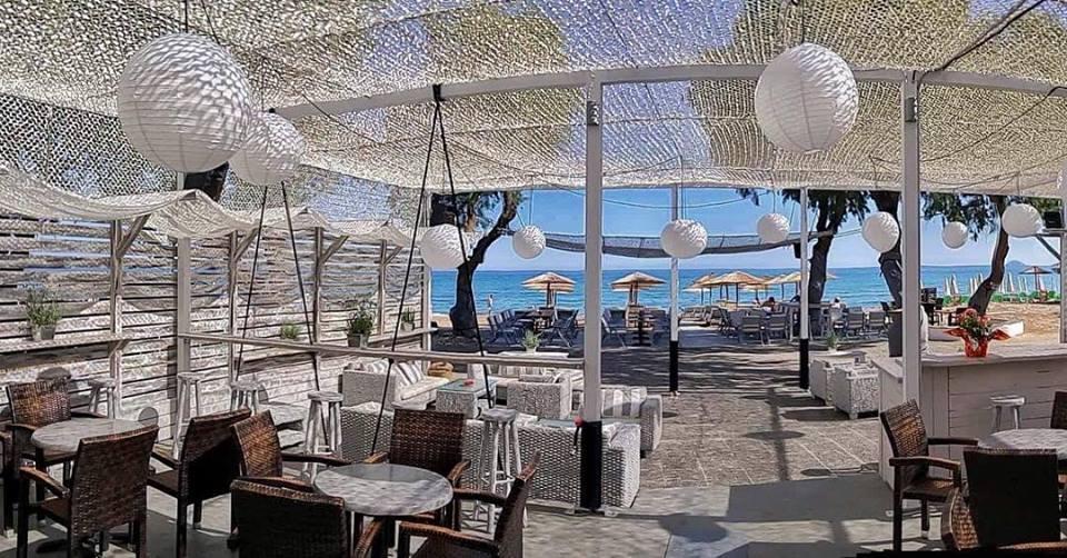 5Ammos boutique Beach Bar-divamagazin