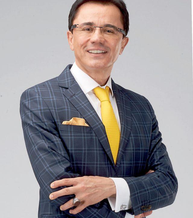 Dr. Ender Saraç-divamagazin