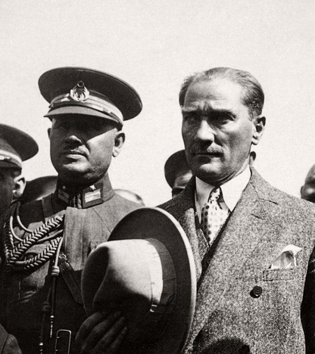 Atatürk Sergisi 19 Ekim'de görücüleriyle buluşuyor-diva-magazin-1