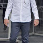 Folkart Carrera Fitness&Spa'da personal Trainer olan Ferhat Oktay, öğle yemeğinin ardından işine dönüyordu.   Altay Spor Kulübü Başkanı Özgür Ekmekçioğlu, Folkart Towers'tan çıkarken objektifimize yansıdı.