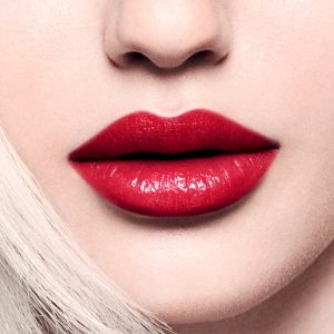 1538980939_Shiseido_SMK_Social_OnFigure_Tease_NibarLip_18AW_1080x1080