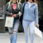 Power House'ta hizmet veren Güzellik Uzmanı Alona Novikova ile Kişisel Antrenör Sasha Yufereva alışveriş turundaydı.