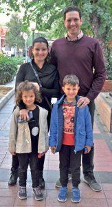 Çeşme Arinnanda Otel'in sahiplerinden Olcayto Akkoyunlu, eşi Dilara Hanım, çocukları Beren ve Eren ile keyifli bir hafta sonu geçirdi.