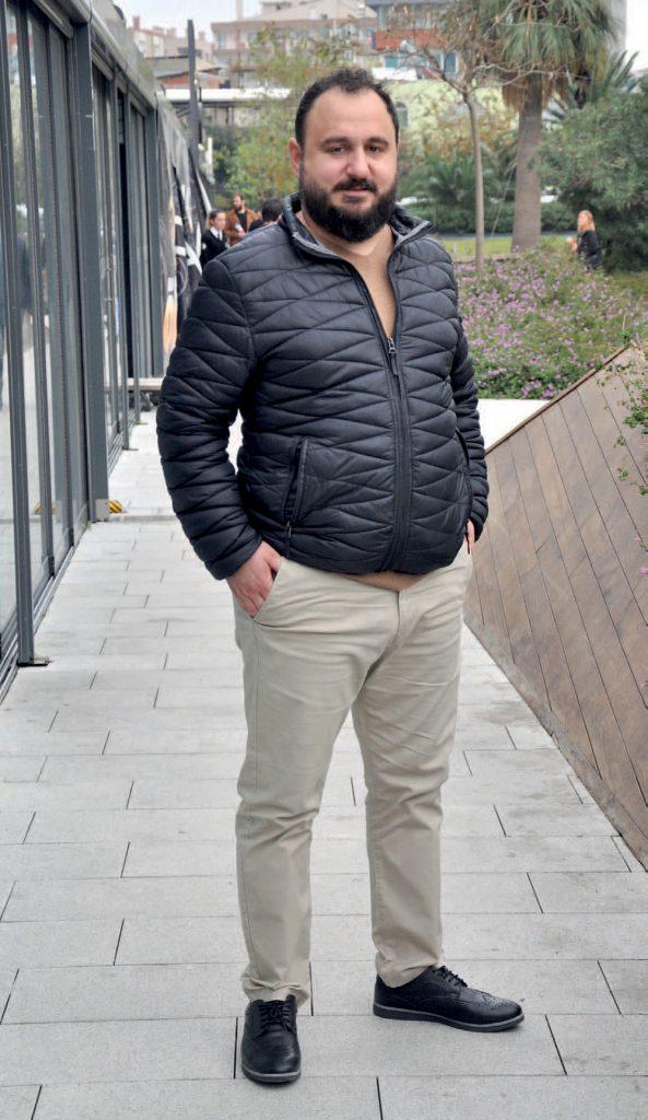 Folkart Çarşı'da yer alan Mostari'nin sahiplerinden Sercan Kurşun , kış sezonuna güzel bir başlangıç yaptıklarını söyledi.