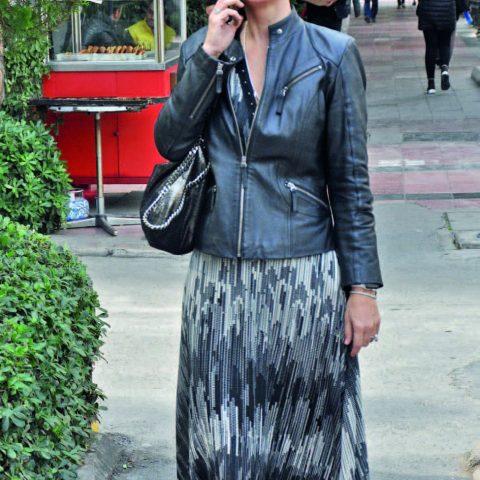 La Jeunesse Aesthetic Life'nin sahibi Eczacı Elif Dinçarslan, arkadaşlarının yanına Reyhan Pastanesi 'ne gidiyordu.