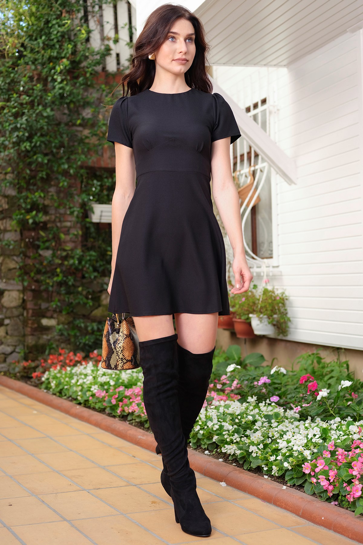 ironi-kisa-kollu-siyah-evaze-elbise_siyah-siyah_1_enbuyuk