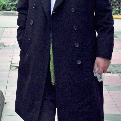 Eat&Go Restaurantlar ı'nın sahibi iş adamı Hasan Surözü özel işleri nedeniyle bir günlüğüne İzmir'e gelmiş.