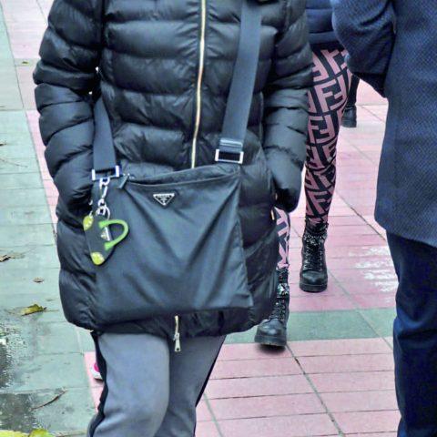 Tülay Karcıoğlu kızı Aslı Önder ile buluştuktan sonra eve doğru yola çıktı.
