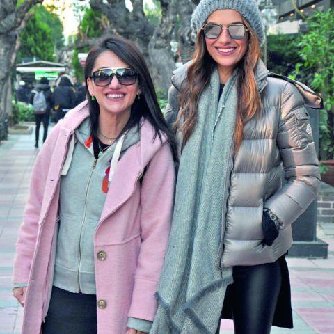 Türkiye Güzeli ve dünya üçüncüsü olan İzmirli manken Yüksel Ak Rimer ile yakın arkadaşı başarılı Make Up İlknur Şahan kozmetik alışverişine gidiyordu.