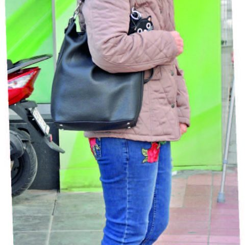 Dürrin Toksöz, arkadaşlarıyla Reyhan Pastanesi'nde buluştuktan sonra taksiyle evine döndü.