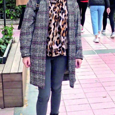 Evlenip İstanbul'a yerleşen Ceyla Talu, ailesini ziyaret etmek için İzmir'e geldi.