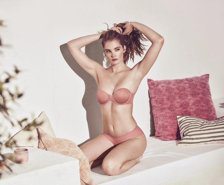 1552044671_Victoria_s_Secret_Sexy_Illusions__2_