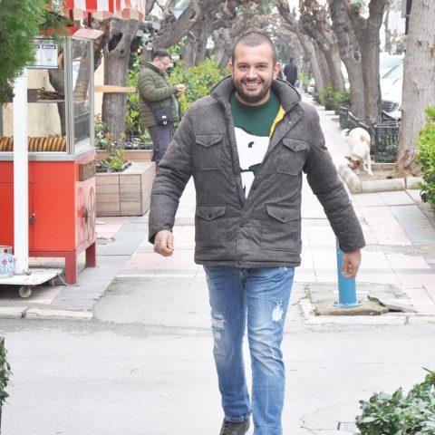 Alaçatı'da yer alan Morah Restaurant'ın sahibi Mehmet Ali Akçeli, 4 Nisan'da başlayacak Alaçatı Ot Festivali'ne hazırlandıklarını söyledi