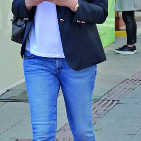 Shine By Pın markasının sahibi Pınar Şahin , bankadaki işlerini halletmeye gidiyordu.