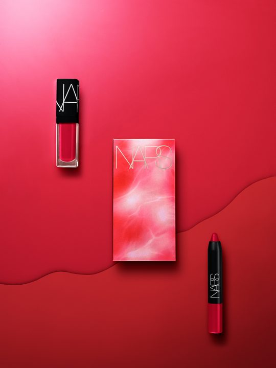 1551708036_NARS_Dragon_Girl_Explicit_Lip_Duo_Stylized_Image