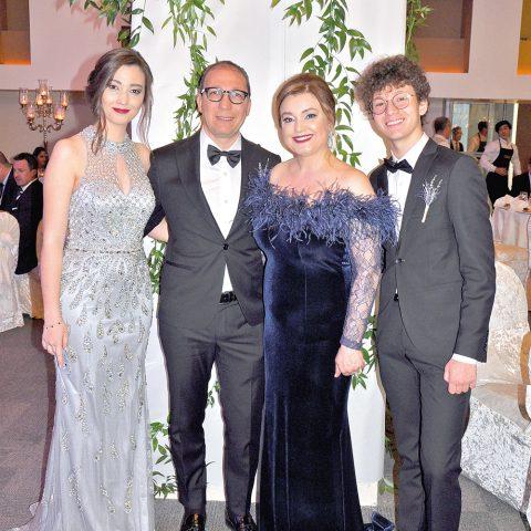 Hande-Hasan Ata,Arzu-Erhan Dinçel