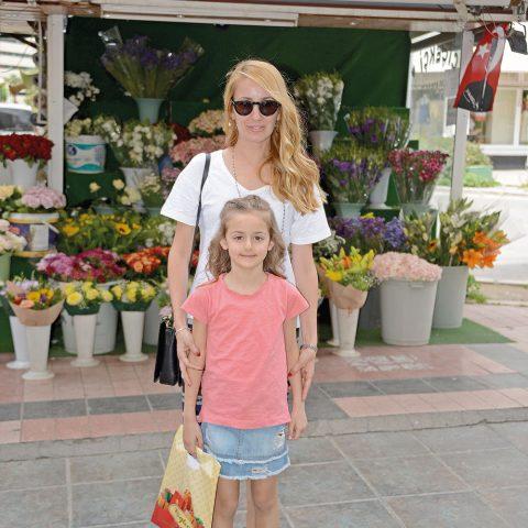 Pınar Baykal kızı ile Kültürpark tenis kulübüne gidiyordu.