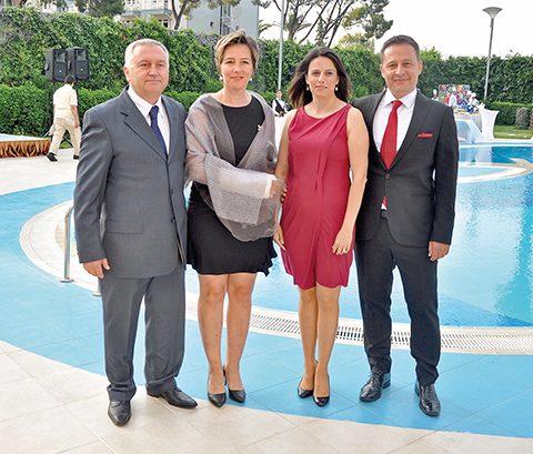 Bora-Nurhan Syhindol,Esma-Ferruh Durmaz