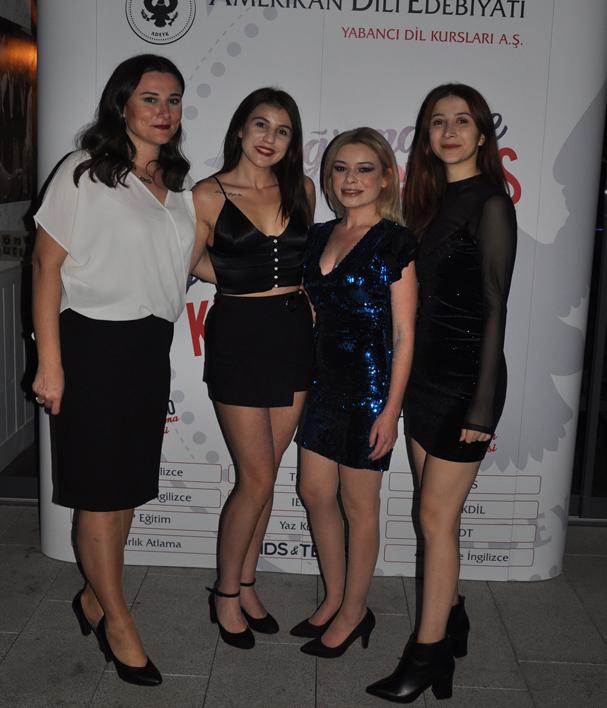 Öğretmenler Günü, Mostari'de özel bir kutlamayla gerçekleşti - 121545