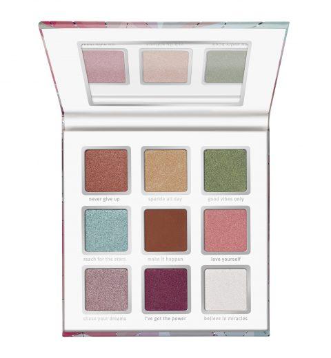 essence crystal power eyeshadow palette_